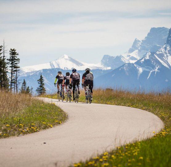 Biking on the Glacier-Banff-Jasper Bike Tour