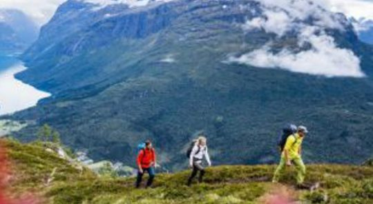 Hiking on Norway Classic Plus